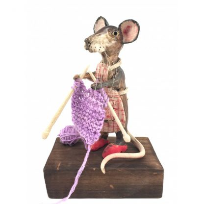 Mill Mouse greetings card - Knitting Mouse